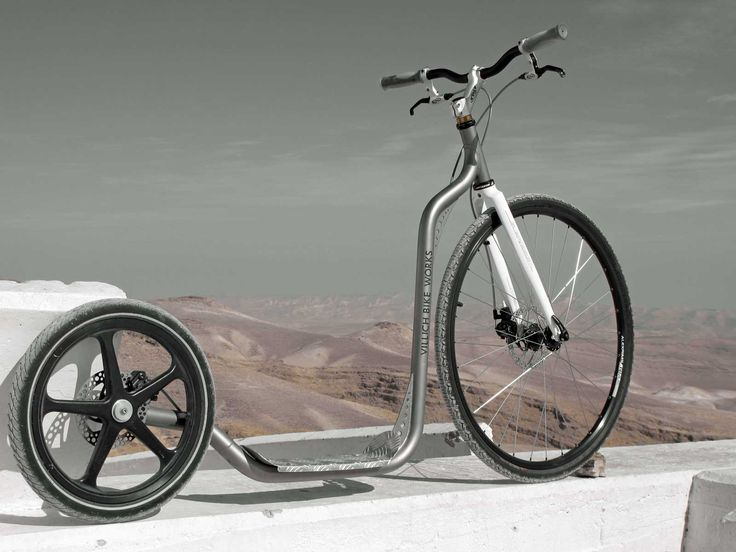 A very light and fast kick scooter for those who are actively engaged in sports and prefer innovations. New motion technique, new feeling, new results! It is perfectly suited to loose-surface roads, cobblestone pavings and hard dirt roads.