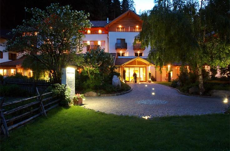 Home   Hotel Bad Schörgau - Hotel Südtirol, Sarntal - Restaurant, Feinschmecker, Hotel Bozen, Gourmet (Michelin, Espresso, Gault Milleau, Gambero Rosso), Sarner Latsche