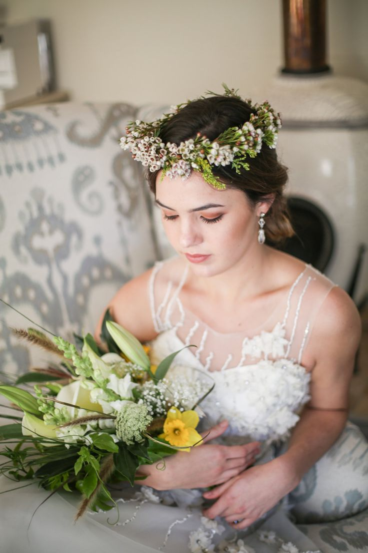 Gorgeous styled photoshoot we did with SA weddings - Bold Bouquets & Flower Crown with a touch of Golden Glamour  Wedding Flowers The Flower Place Cape Town