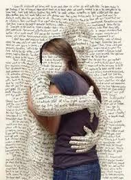 Aunque no seamos conscientes, a lo largo del día nos abrazan las letras y los símbolos. Es un abrazo confortable sobre todo cuando sabemos interpretarlos.