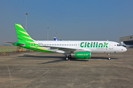 Citilink Airbus A320. Since July 30, 2012 Citilink has officially operated as a separate business entity from Garuda Indonesia, operating 14 aircraft with a new callsign, logo and uniform. Its main hub is Juanda International Airport, Surabaya, East Java. The airline is currently banned from operating in EU airspace.(Wikipedia)