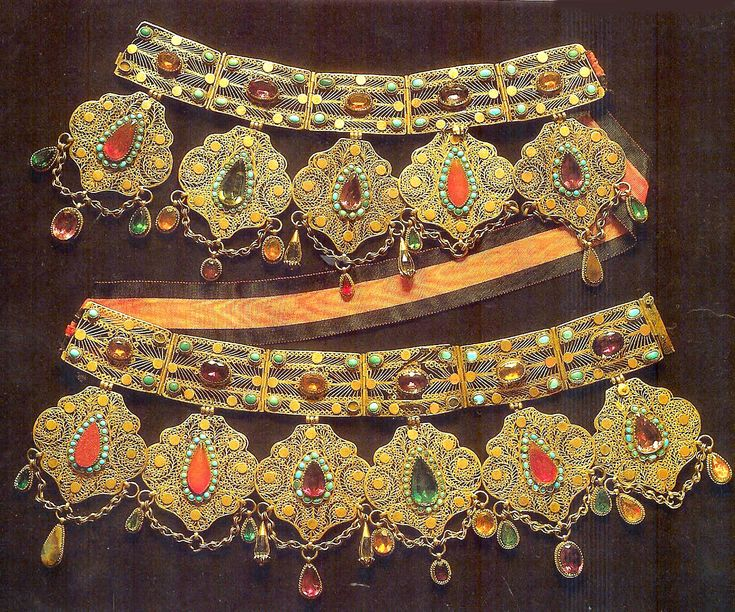 Lavish necklace Tartar 19th c