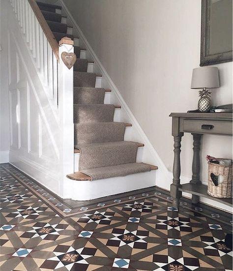 Best 25+ Staircase runner ideas on Pinterest | Carpet ...