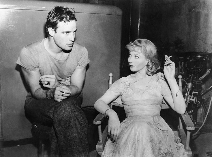Marlon Brando and Vivien Leigh in the set up of A streetcar Named Desire directed by Elia Kazan, 1951