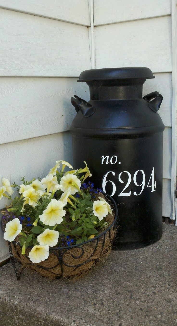house number milk jug! wish I had a good spot for this!