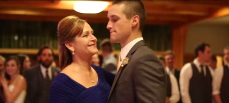 Newlywed Son & His Mom Take in a Slow Dance at a Wedding ... Before Taking the Dancefloor Over
