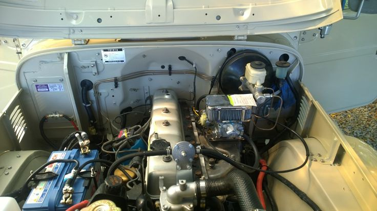FJ45 El Diviso Edition - engines area ready
