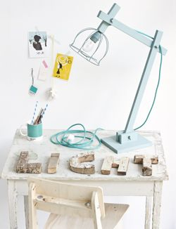 DIY Tischleuchte / Lampe aus Holz