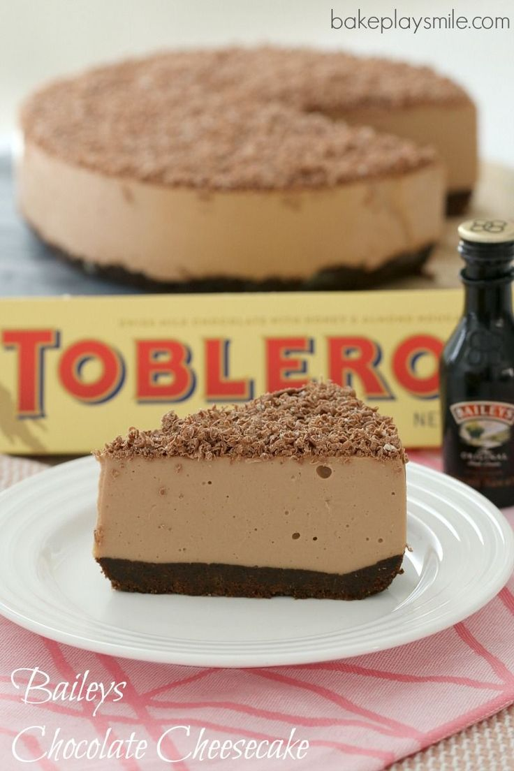 The BEST Thermomix Baileys Chocolate Cheesecake with Toblerone chocolate… completely no-bake (so there's no need to turn the oven on!). Easy and delicious! #baileys #cheesecake #nobake #toblerone #easy #chocolate #thermomix #conventional #dessert