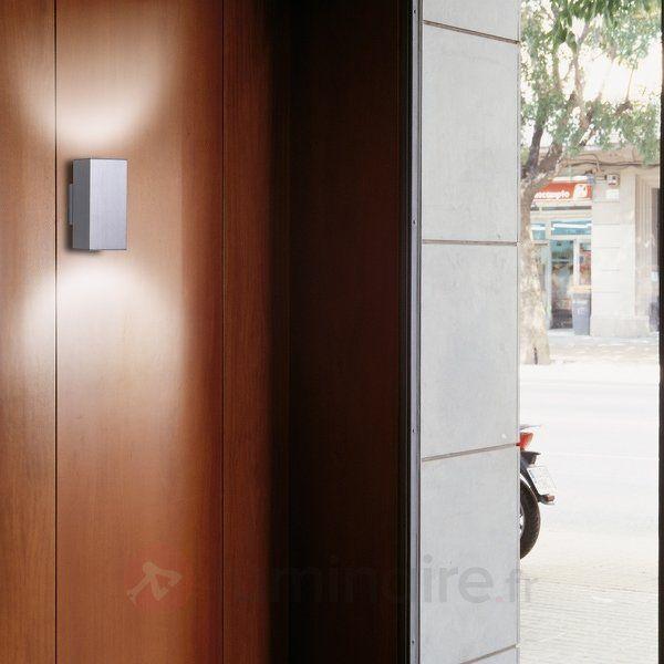 White or aluminium. Largeur:8 cm Hauteur:17,4 cm Profondeur:10,1 cm Culot:GU10 Ampoule(s):2 x 75 W Classe I at 148€