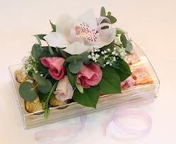 коробки, украшенные цветами