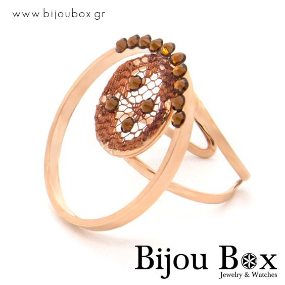 Handmade ring from rose gold plated bronze with rhinestones Χειροποίητο δαχτυλίδι από ρόζ επίχρυσο μπρούτζο με καφέ ζιργκόν Check out now... www.bijoubox.gr #BijouBox #Ring #Δαχτυλίδι #Handmade #Χειροποίητο #Greece #Ελλάδα #Greek #Κοσμήματα #MadeinGreece #OnlyLove #RedGold #Goldplated #Luxus #Passion #jwlr #Jewelry #Fashion #GoodVibes