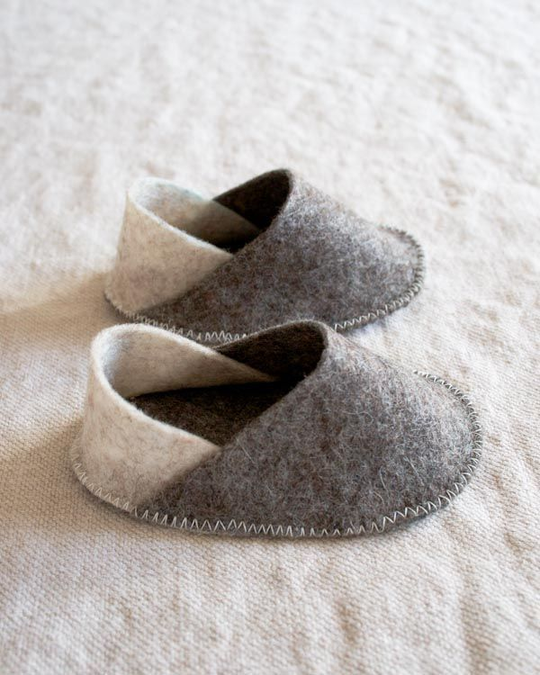 DIY felt baby slippers from Purl.: