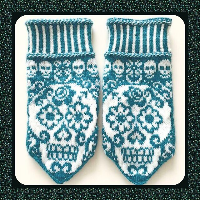 Calaveras mittens pattern by JennyPenny