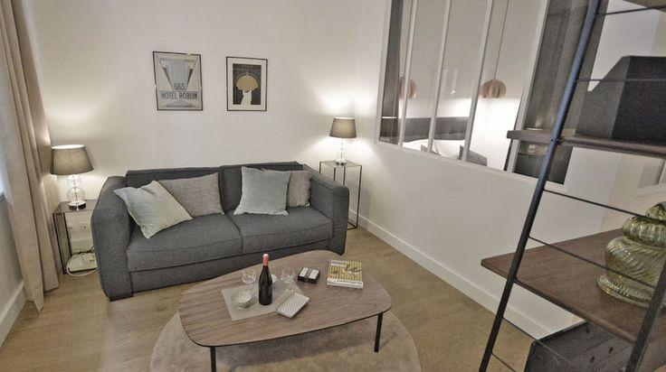 Encanto retro en este mini apartamento, nosotros nos quedamos con el office dentro de la cocina ¿Vosotros?