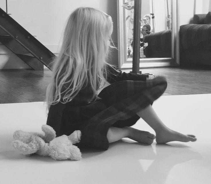 www.mamibu.com  #dresseslittlegirl #littlegirl #baby #babygirl #mamibu #babyclothes #kidsclothes #madeinitaly #italy #cute