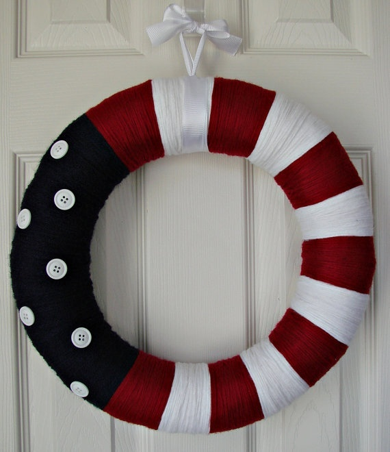 Use a cheap pool noodle (taped with duct tape instead of pricey form.: Fourth Of July, July Wreaths, Patriots Wreaths, 4Th Of July, Blue Yarns, Buttons, Red White, Yarns Wreaths, Patriots Yarns