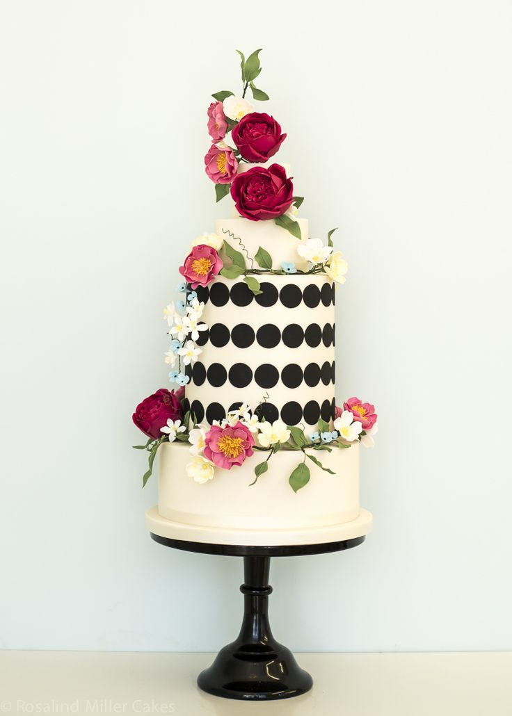 Wildflowers Monochrome Wedding Cake rosalindmillercakes.com