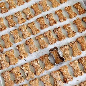 Elvis Biscuits      whole wheat flour/banana/peanut butter/rolled oats