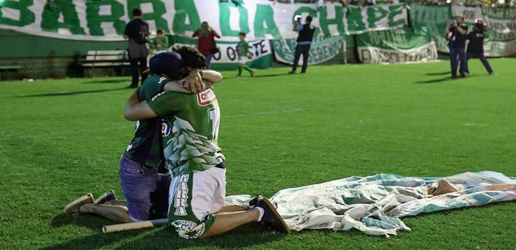 El Chapecoense reaparece en el extranjero en Lima | Deportes | EL PAÍS http://deportes.elpais.com/deportes/2017/03/03/actualidad/1488498467_791176.html#?ref=rss&format=simple&link=link