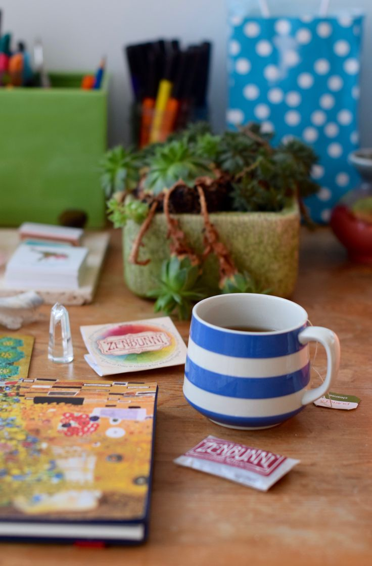 Morning Fennel tea in the studio in my Cornish ware cup (my friend Carol Ann found for me at a thrift shop!)