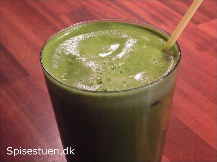 Grøn juice 2 - agurk, fennikel, bladselleri, spinat, pære og citron