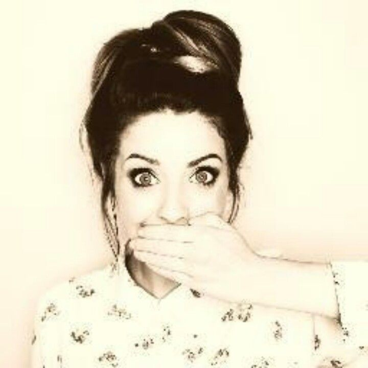 zoella280390: vlogger, make up artist, beauty guru, and personal role model