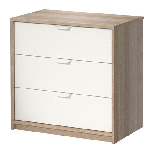 ASKVOLL Cómoda c/3 gavetas IKEA As gavetas deslizam suavemente e incluem um travão para uma abertura segura, impedindo que caiam.