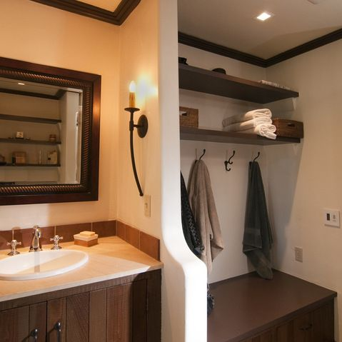 Bunkhouse design ideas separate dressing area towel for Bathroom designs with dressing area