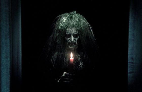 """Apa yang membuat sebuah film horor menakutkan dan terngiang-ngiang terus di kepala? Tentu saja tokoh antagonisnya alias """"setannya"""". Sayangny..."""
