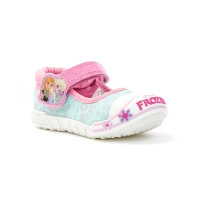 20839 These little girls Frozen canvas shoes are perfect for playing in the park come the warmer weather.Featuring Ana and Elsa they are bound to be a hit! £12.99 #disneyfrozen #kidscanvas #frozen