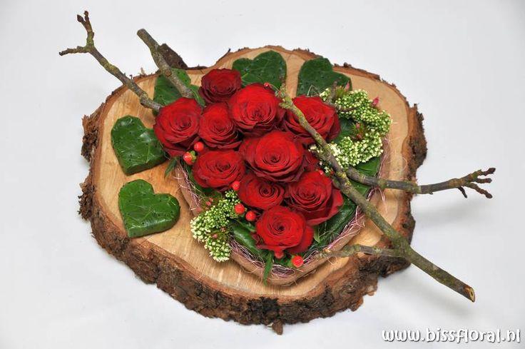Bijzondere #Afscheidsbloemen... https://www.bissfloral.nl/blog/2015/06/02/bijzondere-afscheidsbloemen/