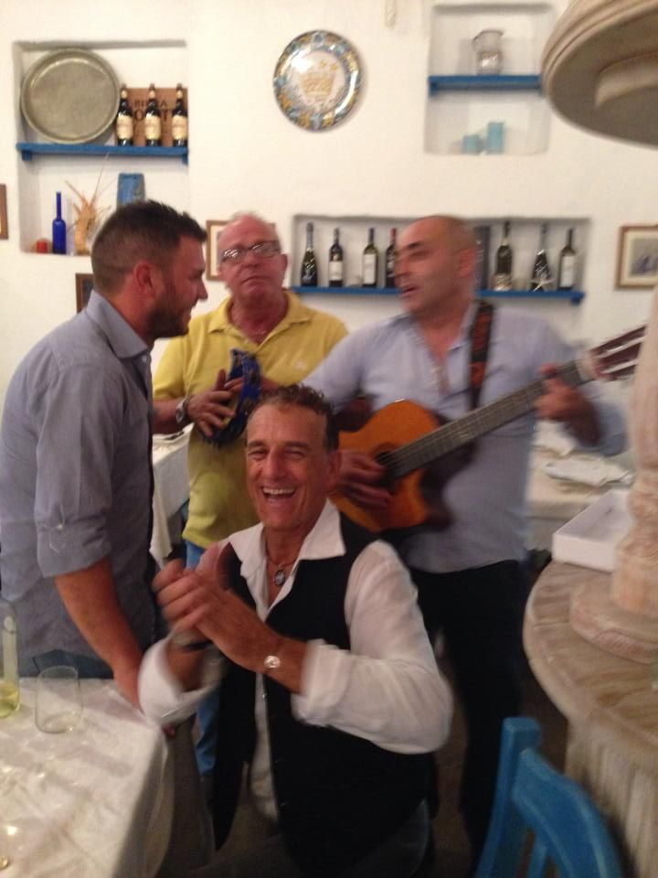 Musica dal vivo! Ristorante Le Nasse UBAIS Reggio Calabria, ITALY www.ubais.it