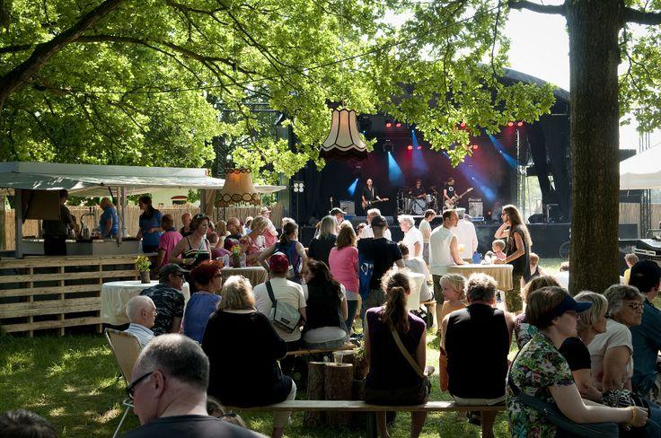 drie dagen muziek en theater voor jong en oud in Schipborg Drenthe www.festivalderaa.nl