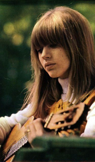 Marianne FaithfullMusic, Lady Rocks, Salad Eye, 1960S, Bangs, Guitar, 60S Icons, Marianne Faithfull 60S, 60S Vision