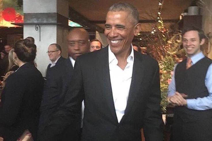 O ex-presidente dos EUA, Barack Obama, regressou a Nova Iorque depois de umas férias radicais. O seu sorriso rasgado e aspeto jovial não passaram despercebidos.