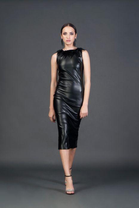 Rochie midi din piele ecologică cu pene aplicate