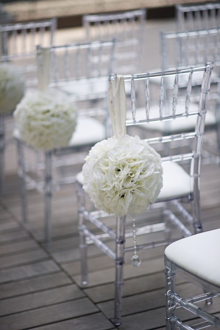Chiavari chairs rental chicago chairs for - Clear Chiavari Chairs W White Pomanders For Aisle D Cor