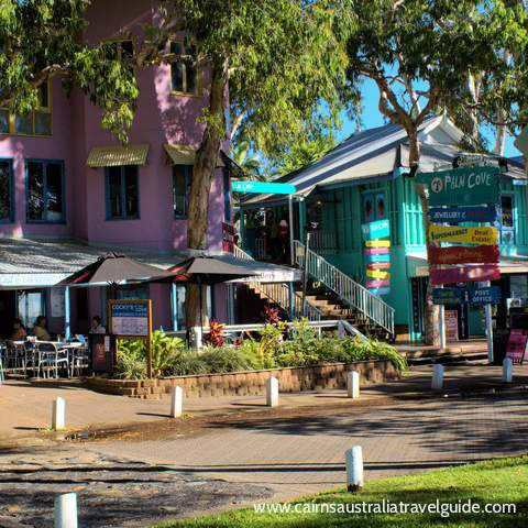 Palm Cove boutique shops, Palm Cove, Cairns, Queensland, Australia.
