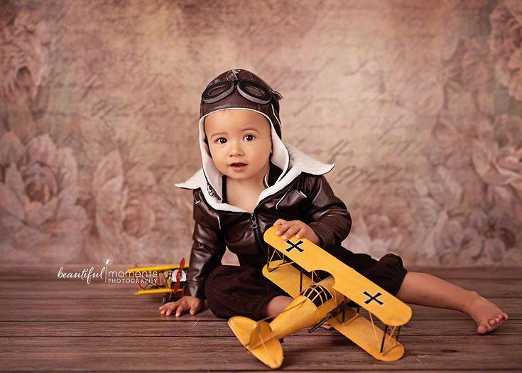 Beautiful Moments Photography - Stavanger Sandnes Ålgård Nyfødt Baby Fotograf #babybilder #pilot #hatwithgoggles #cuteboy #fotografstavanger