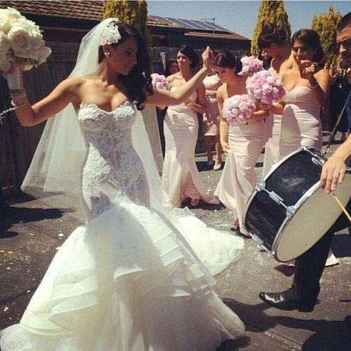 Romantic Vintage Lace Mermaid Wedding Dresses 2015 Sweetheart Applique Tiered Organza Skirt Chapel Long Wedding Dress Plus Size Bridal Gowns Mermaid Wedding Gowns Oleg Cassini Wedding Dresses From Angelsbridep, $137.69| Dhgate.Com