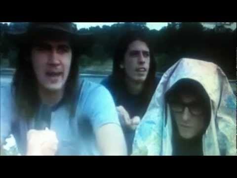 Chris Cornell, Kurt Cobain, Layne Staley, Eddie Vedder.... Pretty much just watch 2:35-3:00.... hottest thing I've ever seen