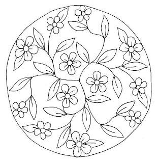 Dibujo de mandala de flores                                                                                                                                                                                 Más