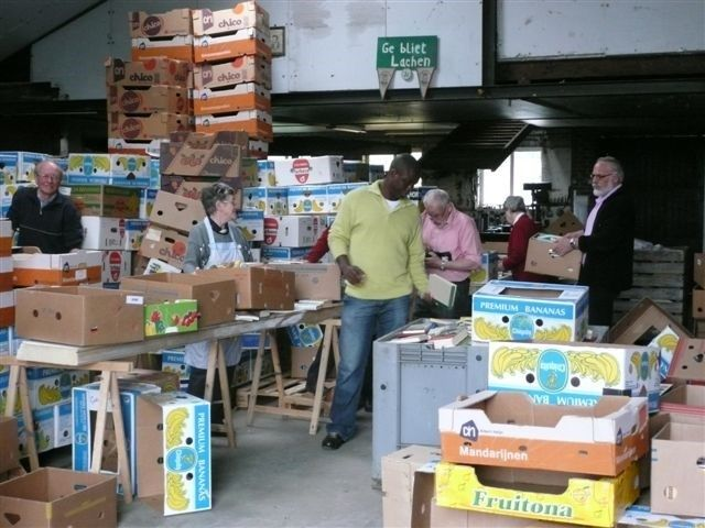 2e hands boekenmarkt voor het goede doel. Ieder jaar zijn er zo'n 80.000 boeken te koop verdeeld in 15 rubrieken. De prijzen zijn als volgt op vrijdag 3 euro per kilo, op zaterdag 2,50 per kilo en op zondag 2 euro per kilo. Tevens duizenden LP's te koop en videobanden,CD's en Dvd's.