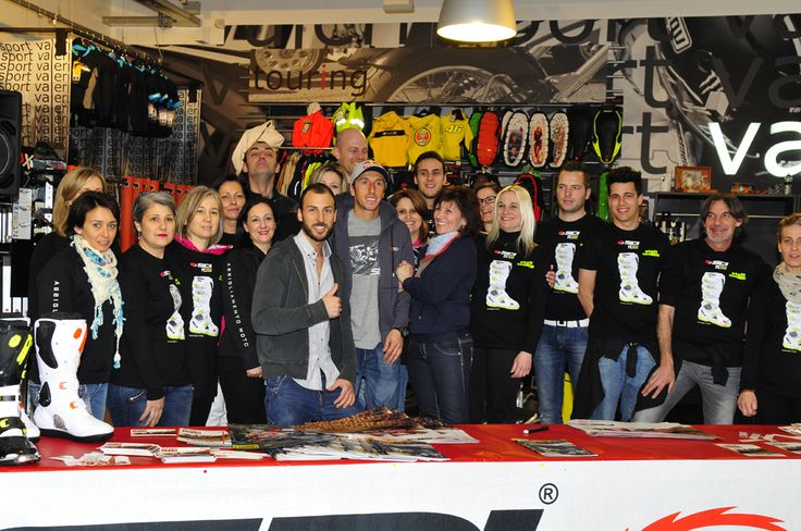 Tony Cairoli #222 with Valeri Staff for Special Event #Sidi day!!!