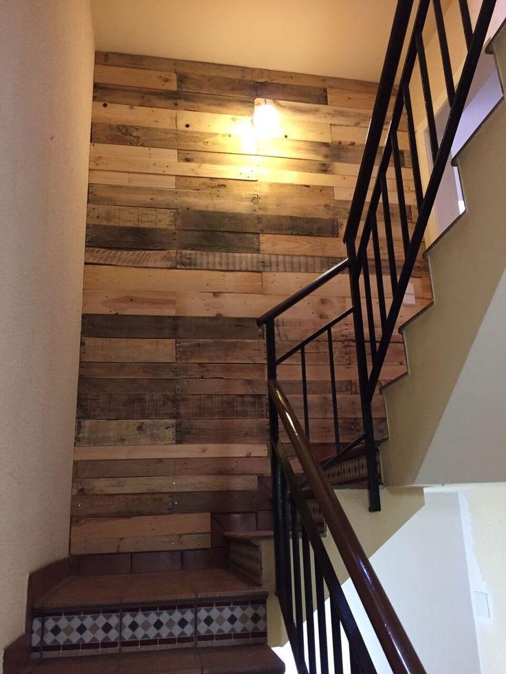 M s de 25 ideas incre bles sobre paredes de escalera en for Ideas para forrar escaleras