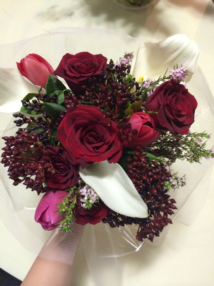 Boutique home florist. Minipetals.com. $25 bunch
