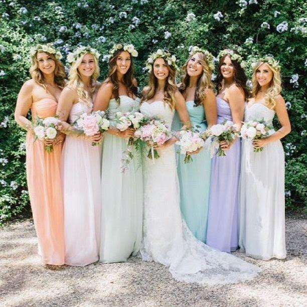 Brides maids dresses pastell