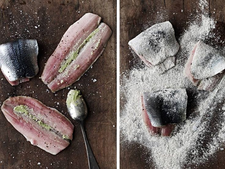 Fried herring in brine with wasabi, apple and red onion