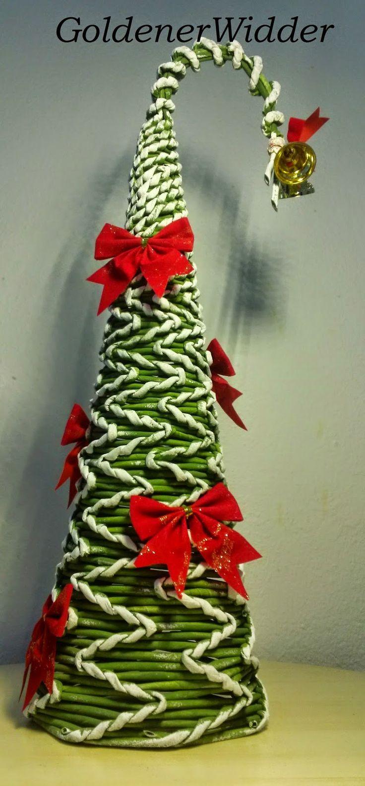 Плетение из газетных трубочек: Ёлка зигзаг. Новогодняя поделка. Конус. Спиральное плетение. Зигзаг. Патина.